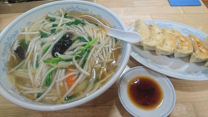 DSC_0616餃子の満州1.JPG
